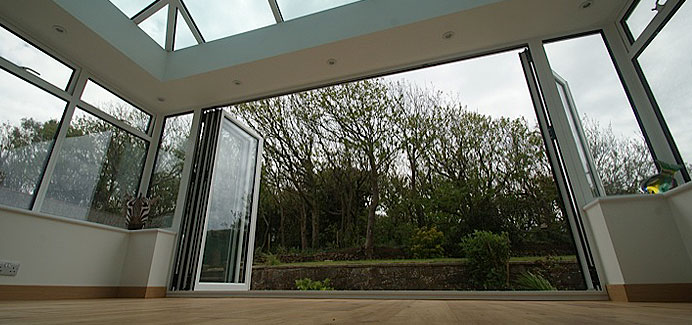 white-aluminium-bi-folding-doors2
