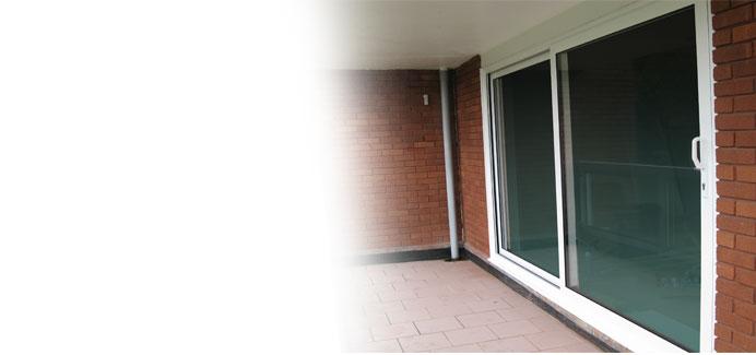 white-aluminium-large-patio-doors1