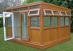 Rosewood garden studio with full height panels