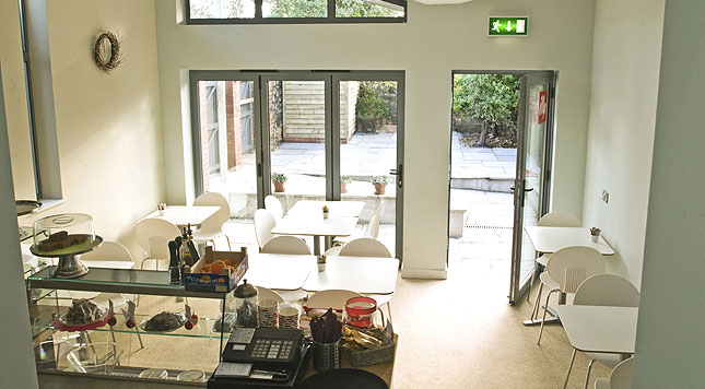 choices-multifold-door-cafe-application