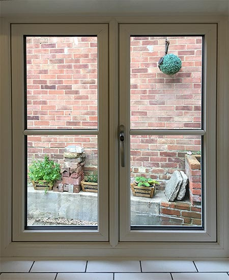 Flush 70 Window with Scribbed Mullion